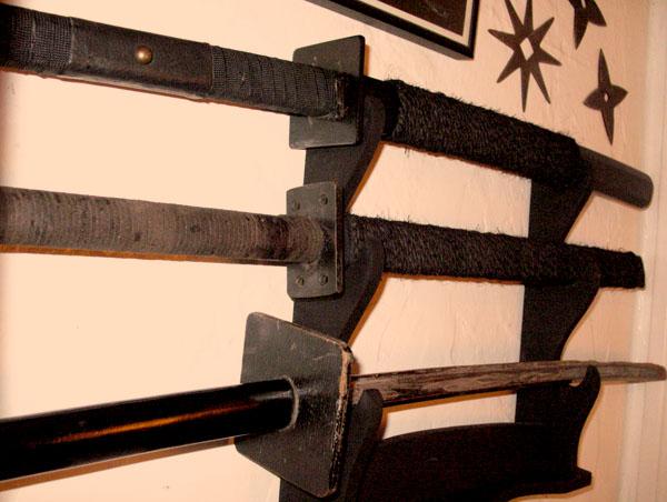 VN-swordrack